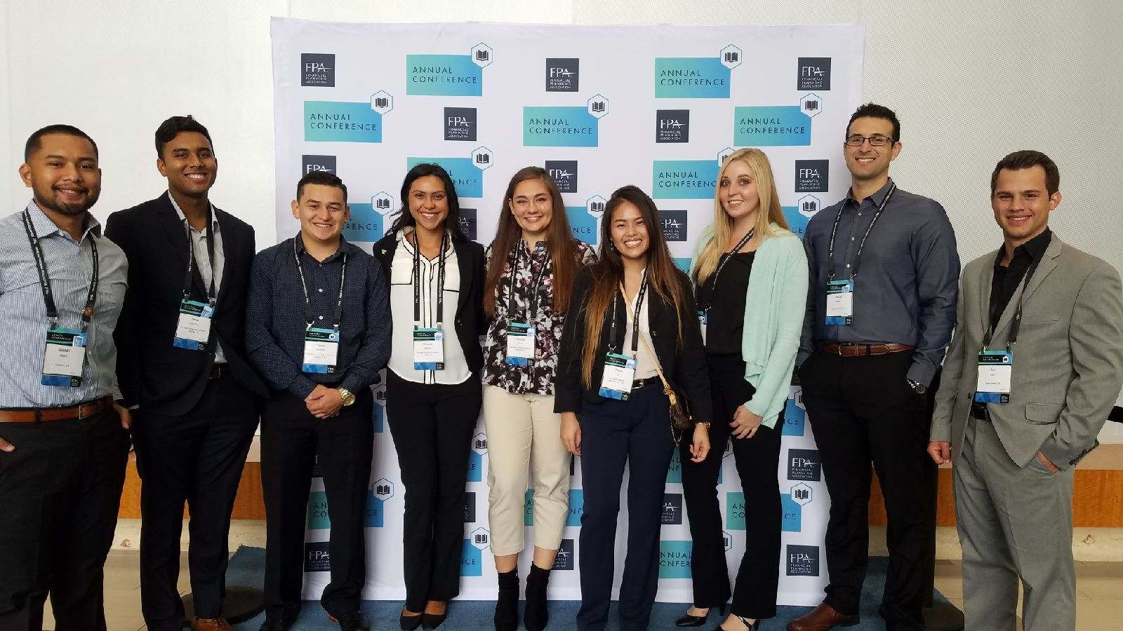Mihaylo College personal finance students together at the Financial Planning Association conference in Nashville, Tennessee, in October 2017.