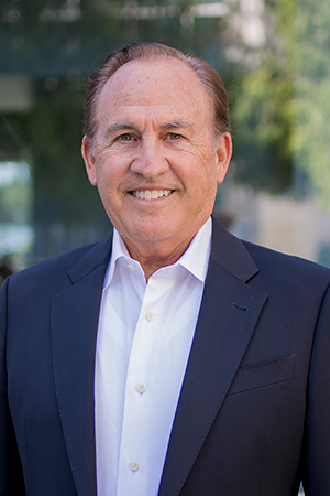 Bob Osbrink, a veteran Southern California real estate executive, is the new director of the Cal State Fullerton Mihaylo real estate program.