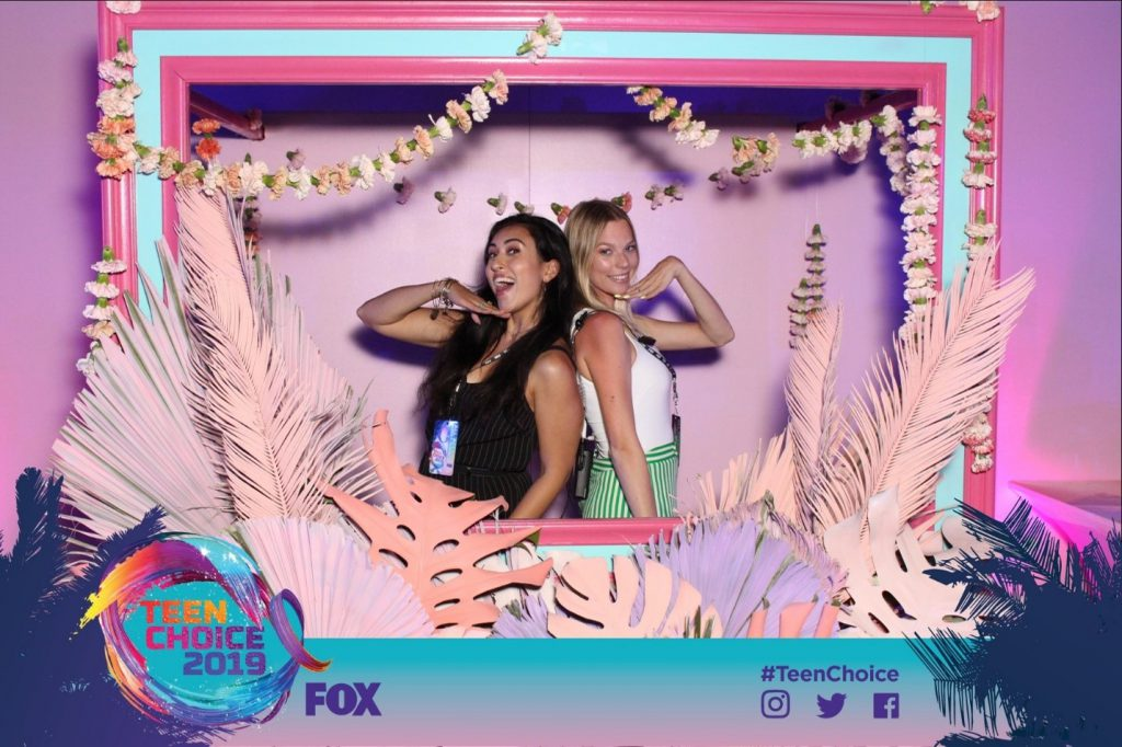 Sara Hashemzadeh at the Teen Choice Awards